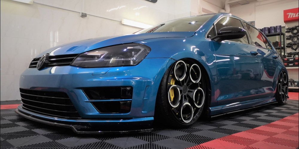 "VW Golf - Detailing ""demo car Expert Wheels"""