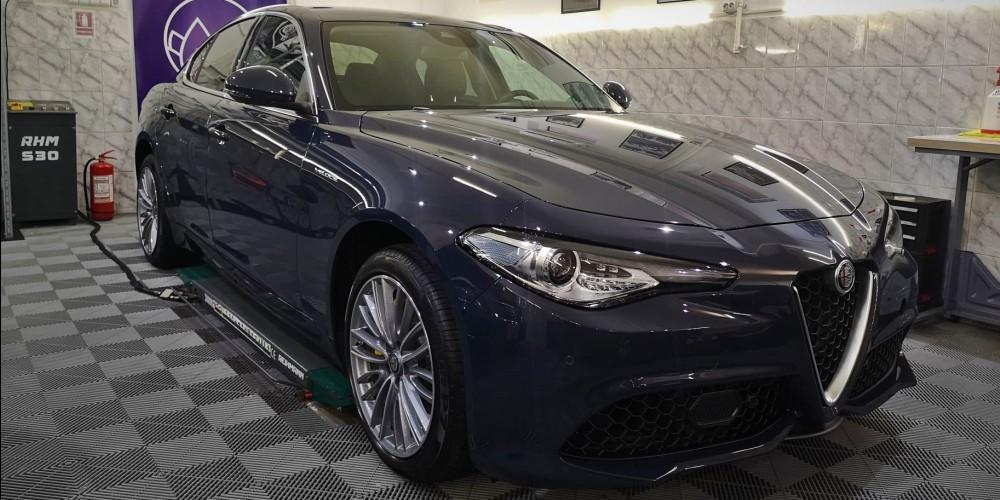 Alfa Romeo Giulia Veloce Q4 - Protectie masina noua
