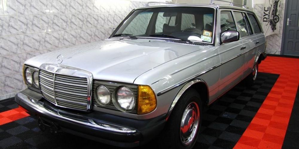 """Mercedes W123 """"estate US-spec"""" 1979"""