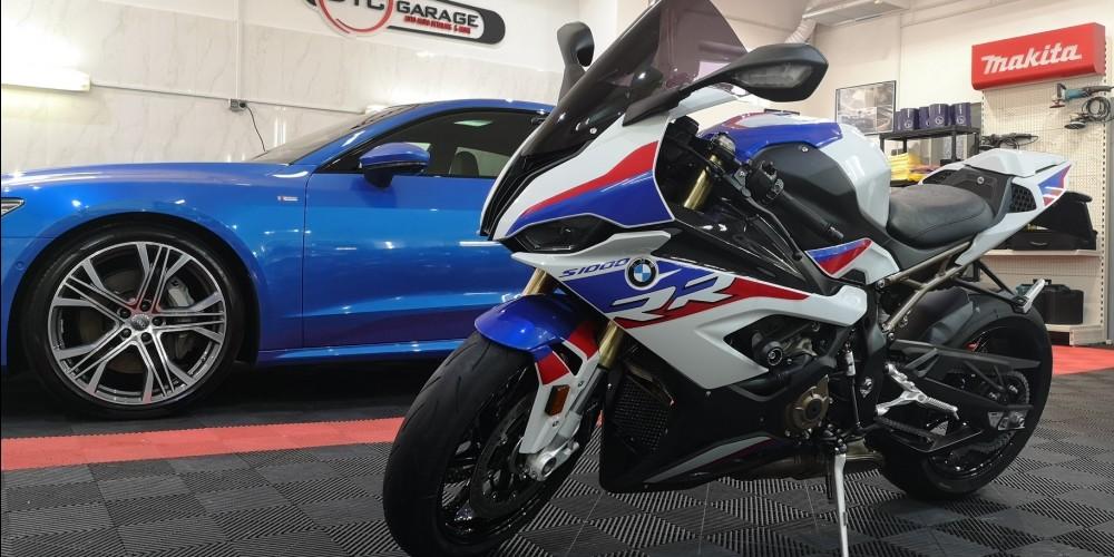 BMW S1000RR M